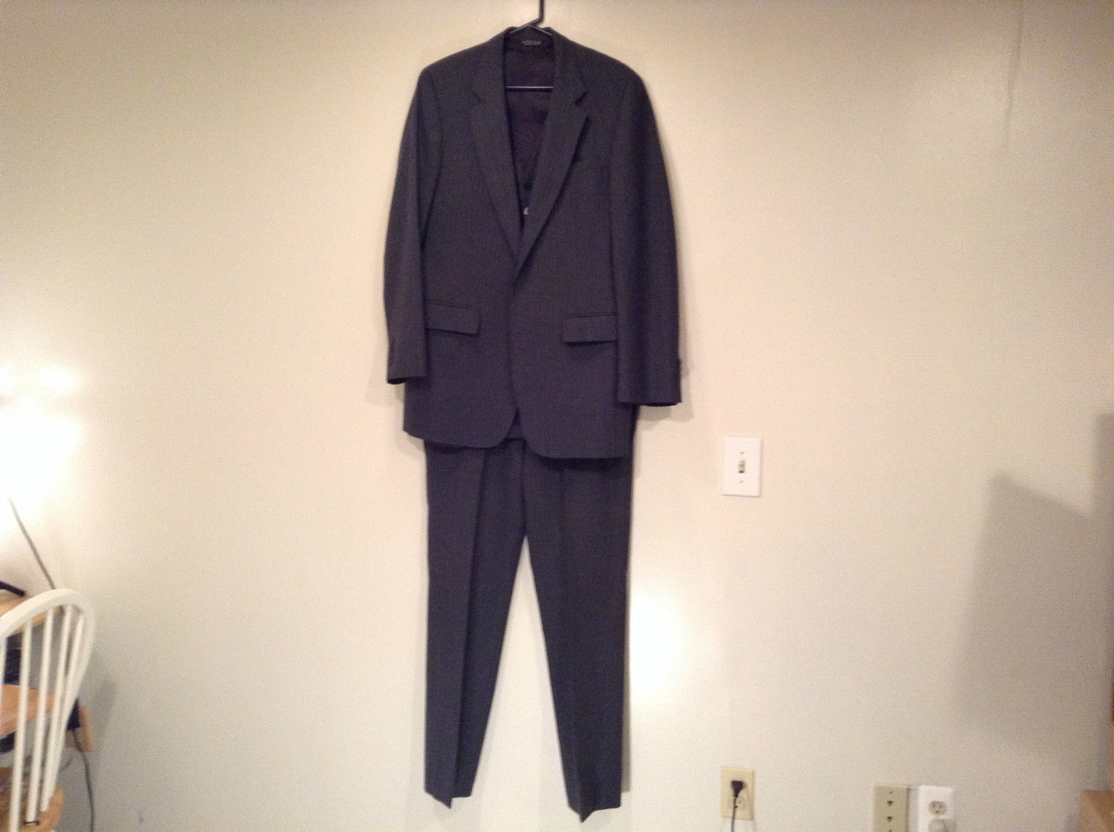 Tyler Hall Shwartz and Company 3 Piece Dark Gray Pants Jacket Vest Size 42 Long