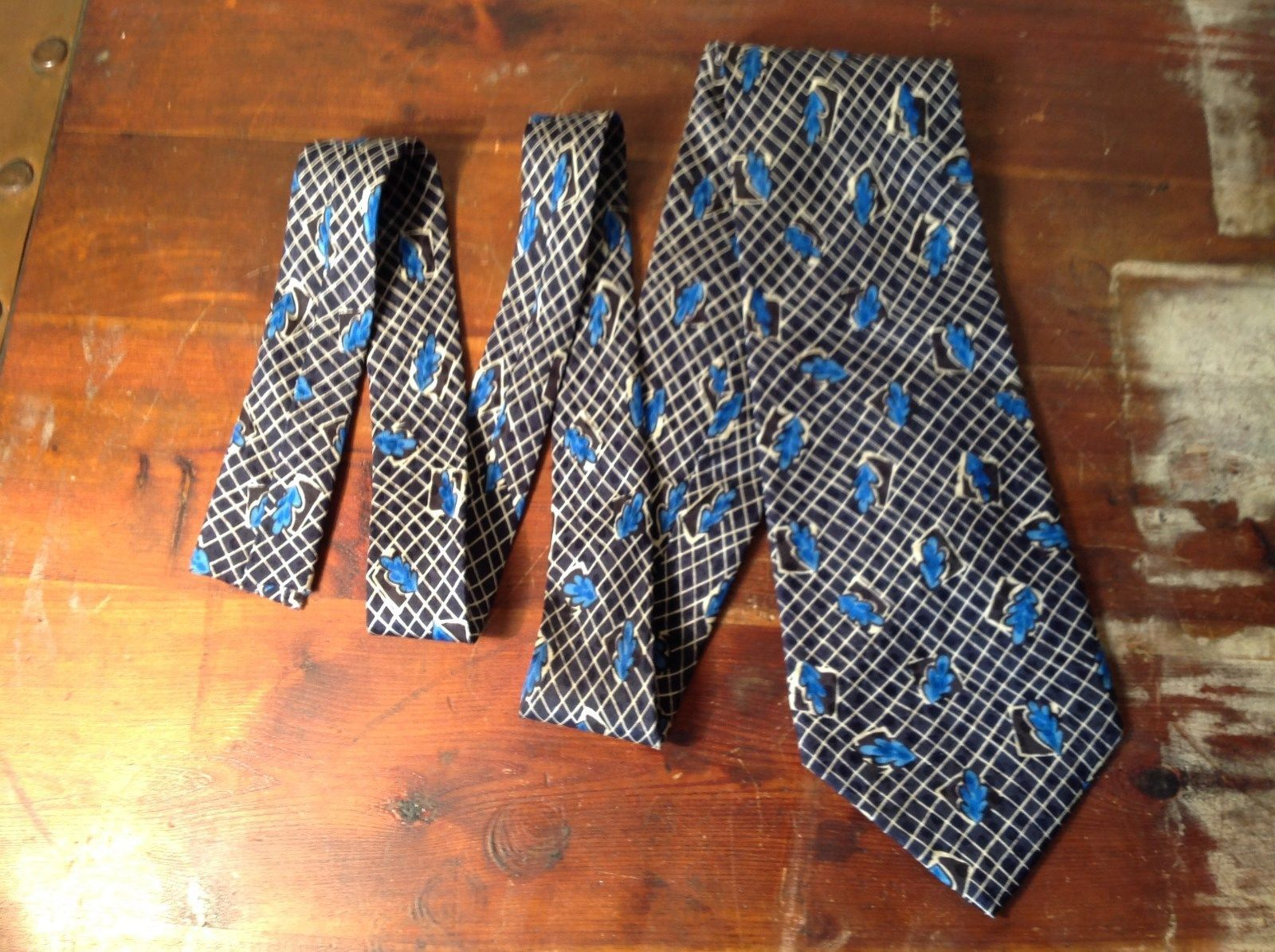 Ungaro Paris Silk Tie Blue with Leaves