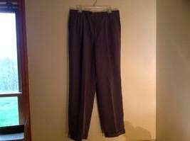 Uomo Ungaro Gray Checker Fabric Pattern Pleated Cuffed Legs Casual Pant Size 32