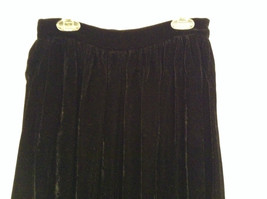Saks Fifth Avenue Size 6 Black Velvet Dress Skirt Side Pockets Very Nice image 2