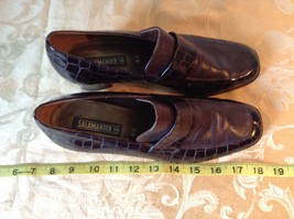 Salamander Shoes with Heel Size Five and a Half Brown Purple Tint image 2