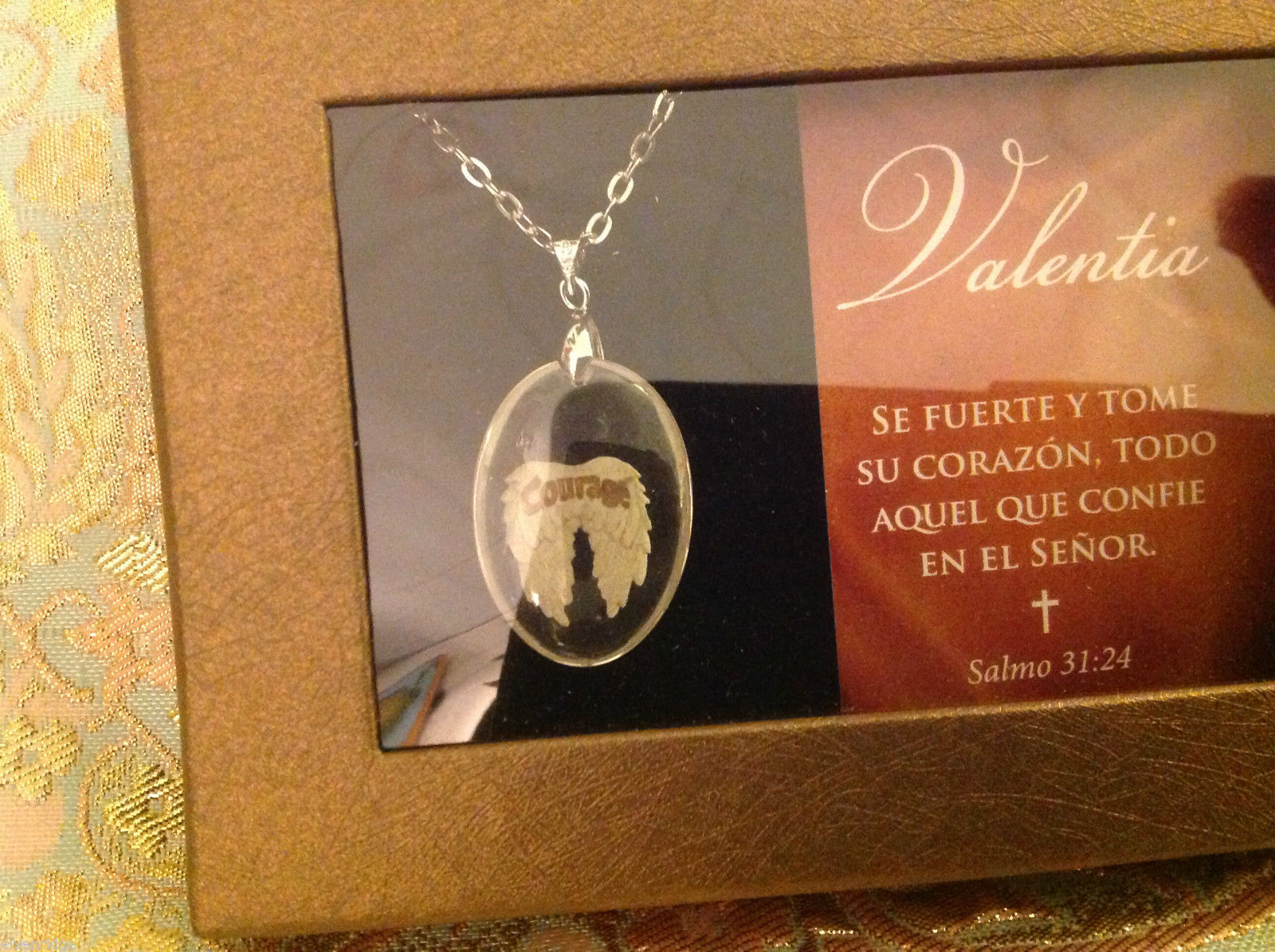 Valentia in Spanish angel wing pendant with sentiment in Espanol and gift box