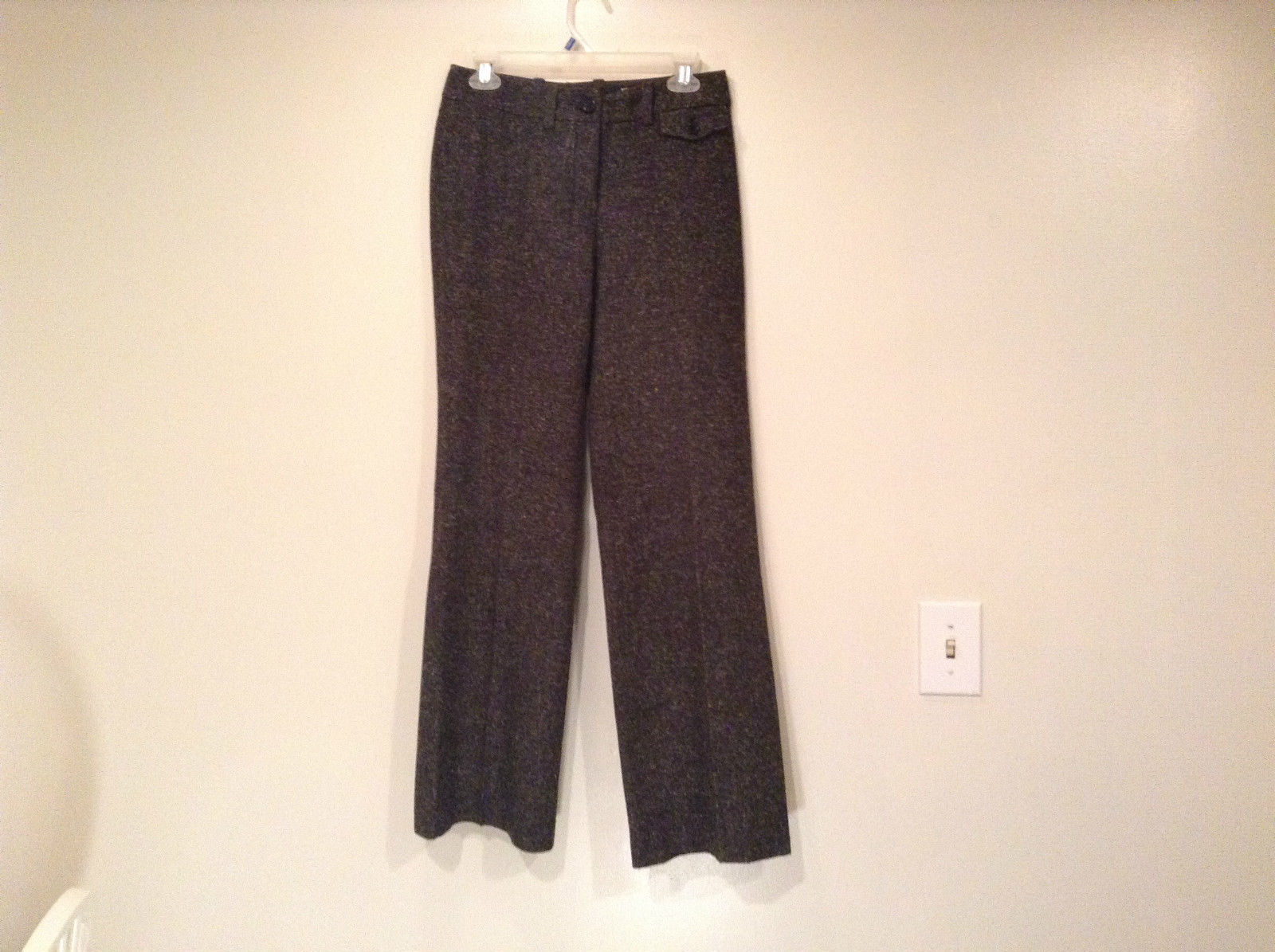 Very Nice Dark Gray with Light Dots H and M Dress Pants Size 6 Knee Lining