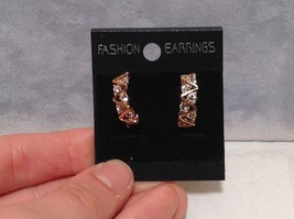 Attractive Zig Zag Design White Stone Rose Gold Hanging Stud Earrings 18K Gold image 8