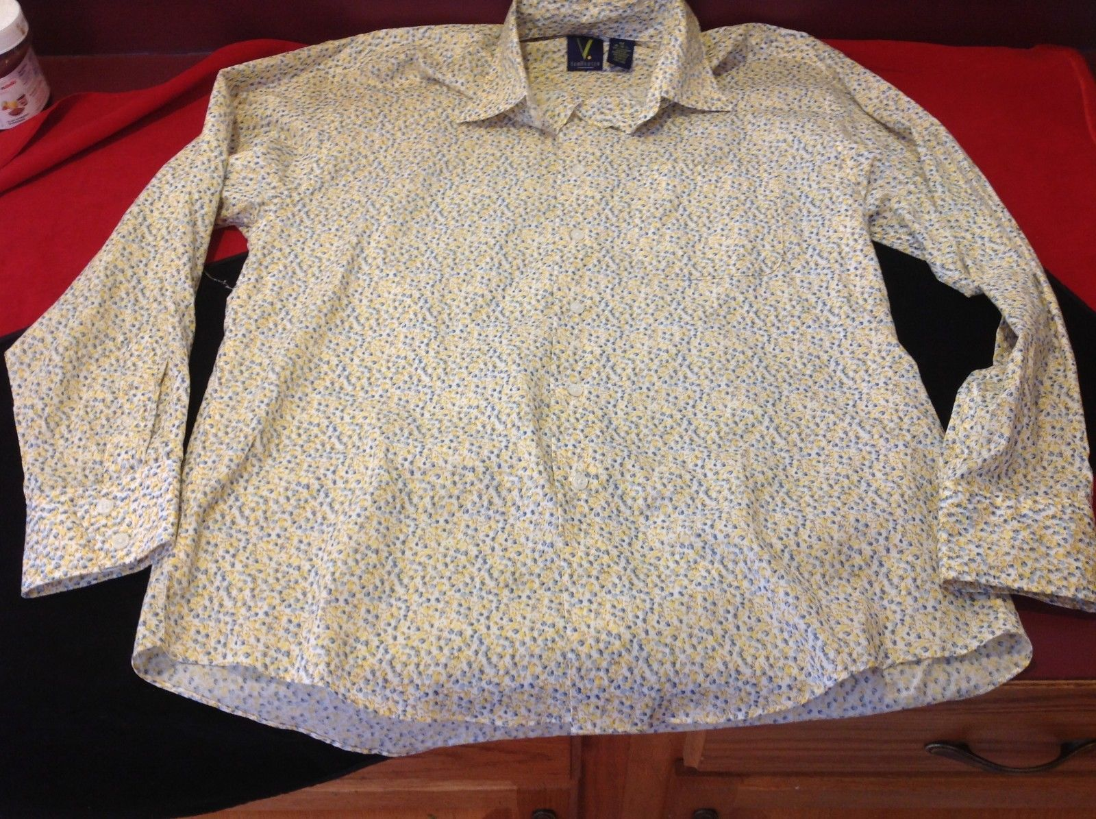 Van Heusen women's floral yellow light brown long sleeve blouse size medium