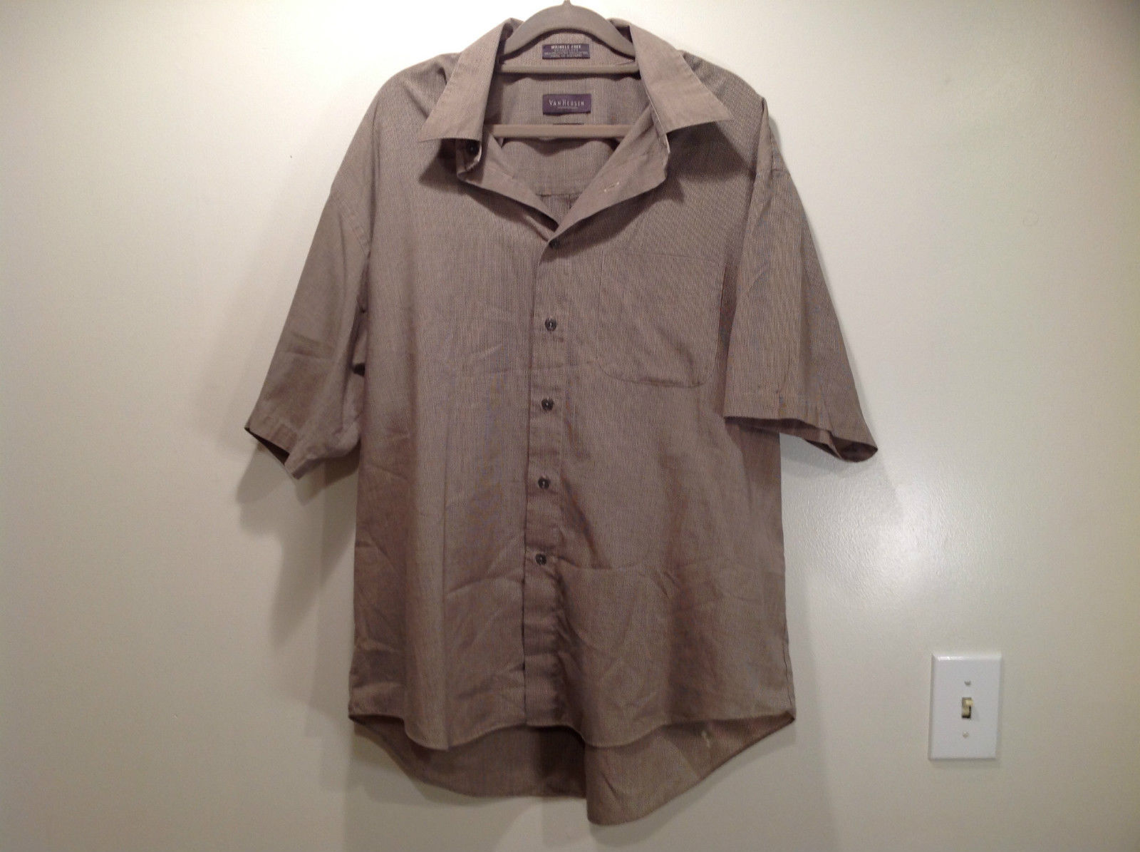 VanHeusen Gray Patterned Short Sleeve Wrinkle Free Shirt Size 16 to 16.5