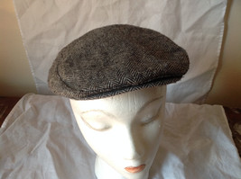 Attractive Small Gray Zig Zag Design Beret Hat Made in USA Size Small image 4