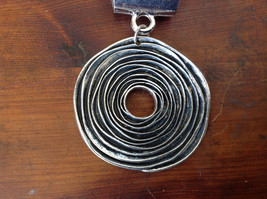 Attractive Silver Tone Round with Relief Scarf Pendant by Magic Scarf image 2