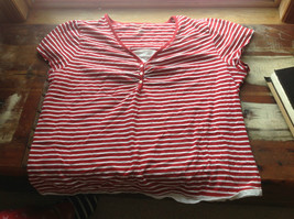 Venezia Red and White Striped V-Neck Blouse 3-buttons at neck Size 23 Inch W