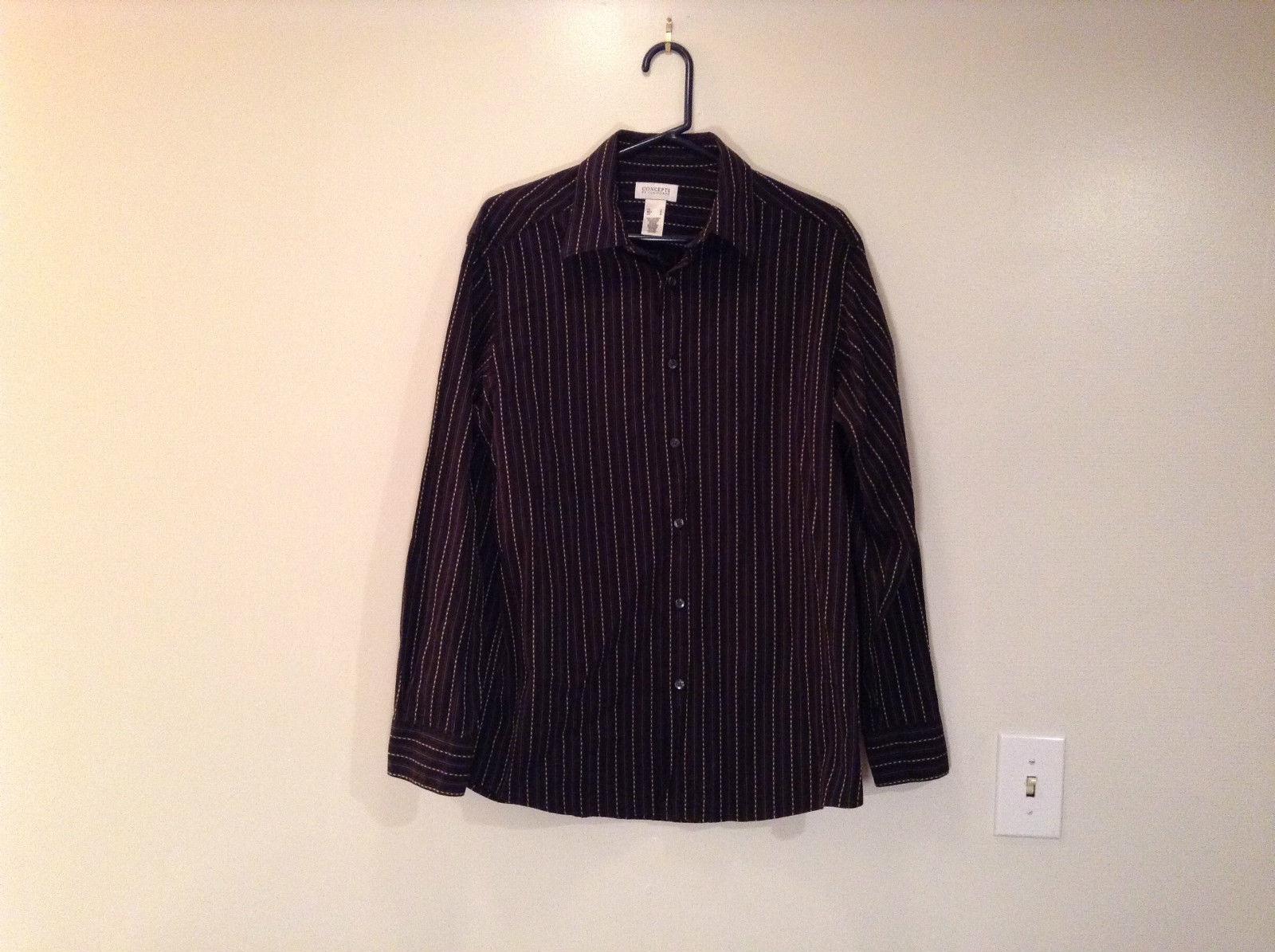 Very Nice Concepts by Claiborne Long Sleeve Black with Stripes Button Up Shirt