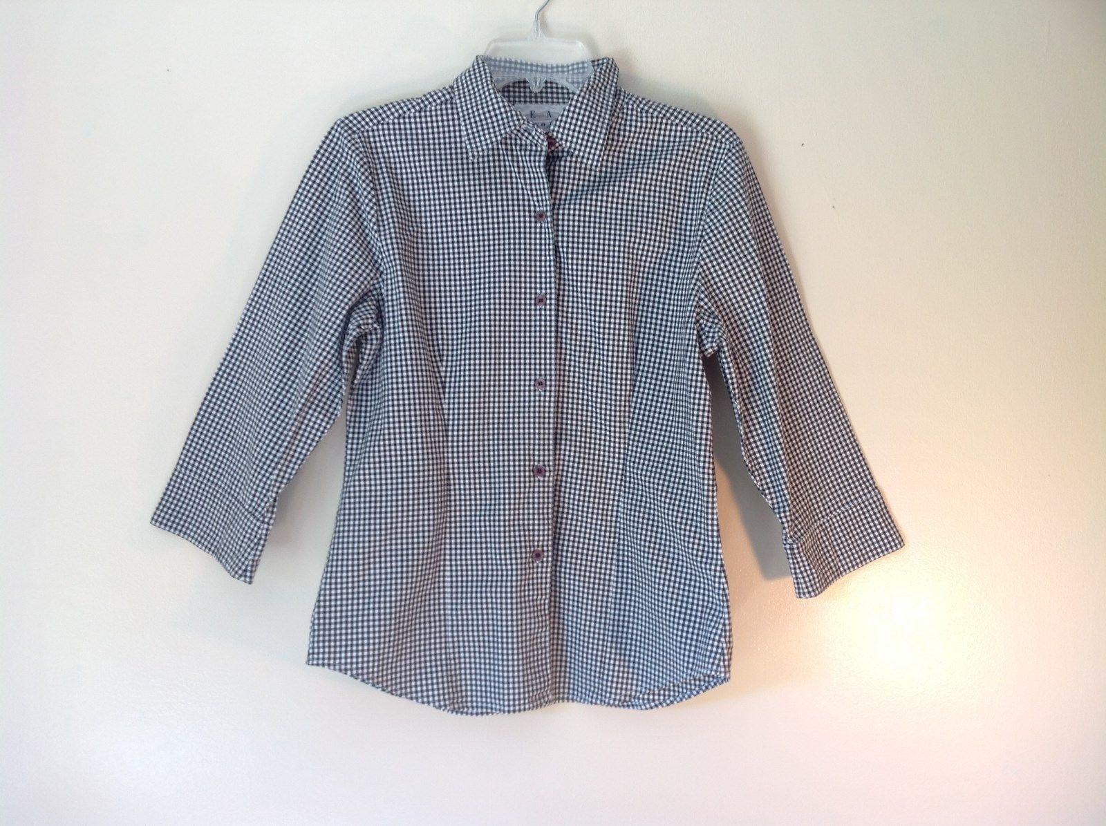 Very Cute Real Comfort Black and White Checkered Button Up Shirt Size Small