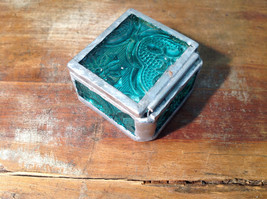 Sea Green Embossed Glass Ring Box Mirrored Bottom Paisley Designed Glass image 3