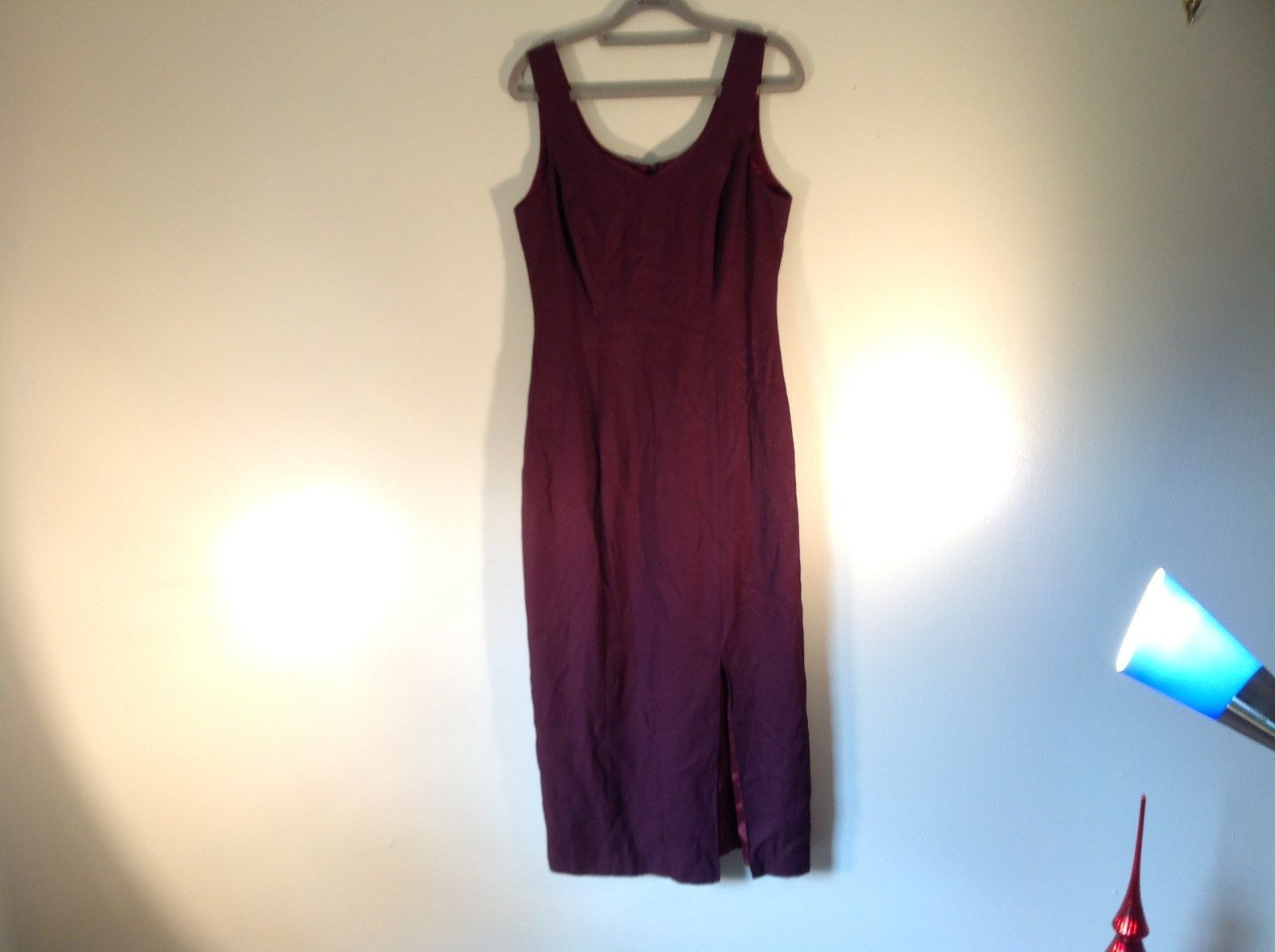 Very Nice Size 8 Lined Burgundy Sleeveless Long Dress Made in USA CDC Petites