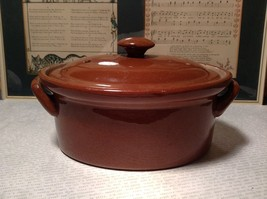 Very Nice Small Brown Ceramic Crock pot with Lid Two Handles Ventilation Hole