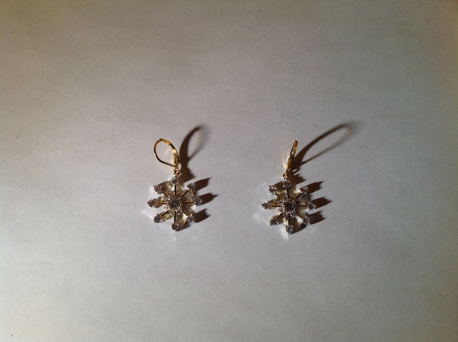Very Pretty 1.5 CT CZ 14 K Gold plated Snowflake Earrings