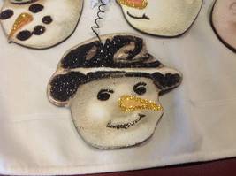 Set of 6 vintage image wood Snowman head ornaments with glitter and snowflakes image 4