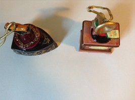 Set of Two Vintage Ornaments Iron and Mugicale Old Fashion Musical Player image 5