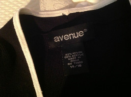 Avenue Long Sleeve Cardigan Black Trimmed in White Size 14/16 image 7