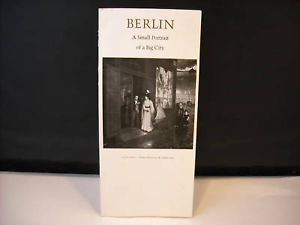 Vintage Booklet Berlin Small Portrait Big City 1967