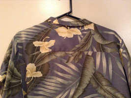Short Sleeve Light Blue Gray with Floral Leaf Pattern Tommy Bahama Shirt Size L image 5