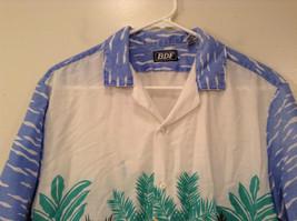 BDF White Blue Green Hawaii Village Pattern Button Up Short Sleeve Shirt Size L image 3