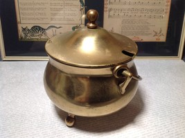 Vintage Heavy Metal Kettle with Lid and Handle Three Legs