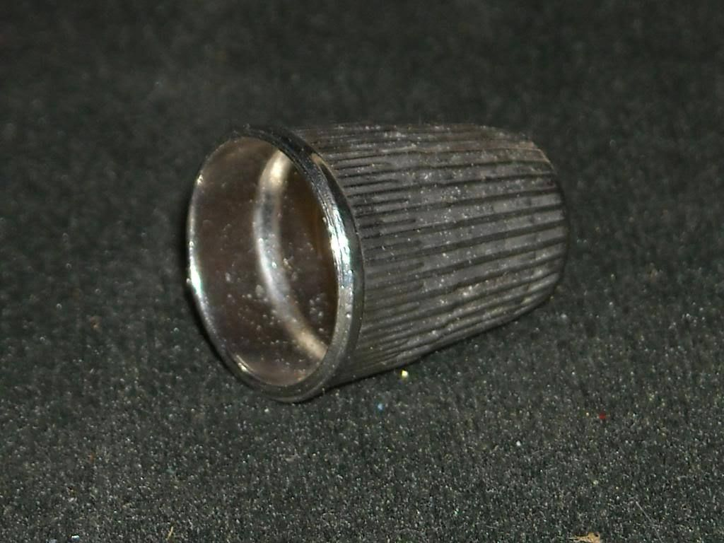 Vintage Metal no 8 16mm Thimble w Textured Surface
