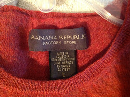 Banana Republic Red Orange Crew Neck Sweater Vest Stretchy Material Size Large image 7
