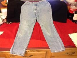 Size 12 ankle fit  length Gap pants   denim jeans image 5