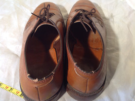 Size 9 Brown Leather Tied Formal Shoes Old Style One Inch Heel image 8