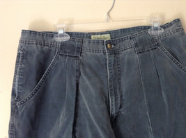 Size 38 Casual Blue Shorts by St. Johns Bay 100 Percent Cotton Front Back Pocket image 2