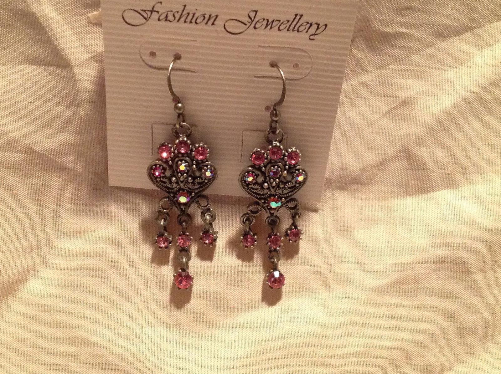Vintage Style Dark Silver Tone Pink Crystal Dangling Chandelier Earrings