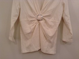 Size Small Natural White V Neck Jones New York Top Buckle Front Decoration image 4