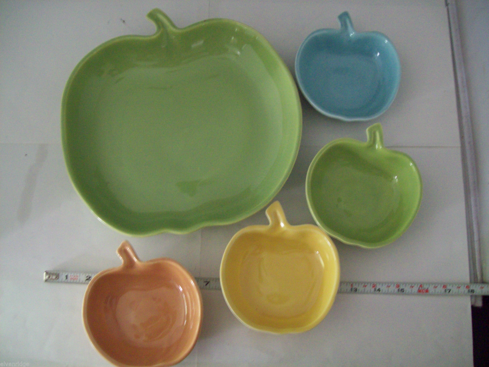Vintage apple ceramic serving set in green blue yellow made in California