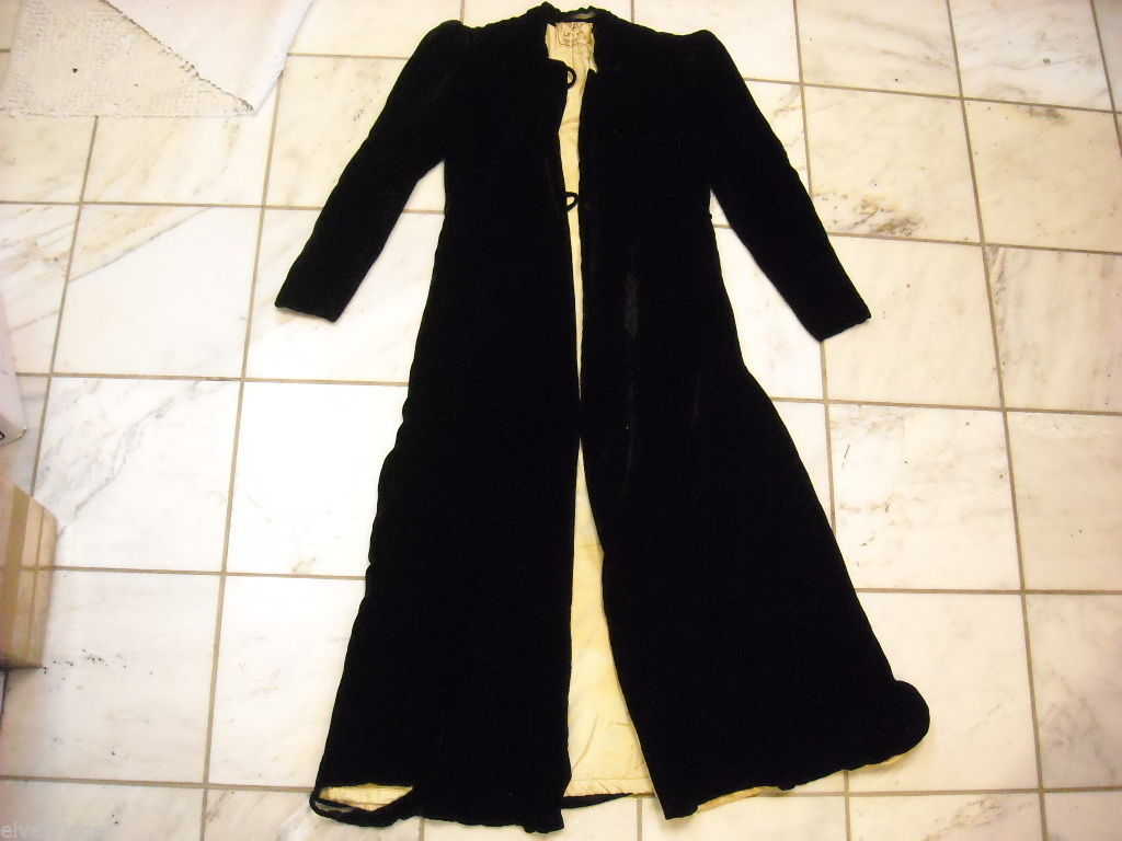 Vintage floor length Black Velvet Jacket By Levy's
