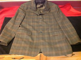 Barneys New York Brown mans coat 23 in W 30 in Long image 3