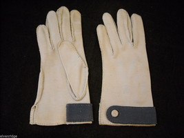 Vintage pair of Wrist Length Light Blue Hand Sewn Gloves