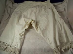 Vintage womens white knickers with lace