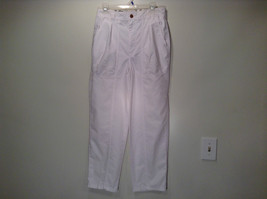 Weekends White Pleated Front Casual Pants Size 32 Front and Back Pockets - $24.74