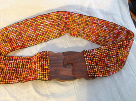 Beaded elastic multicolored belt with wood closure that slips together to close image 2
