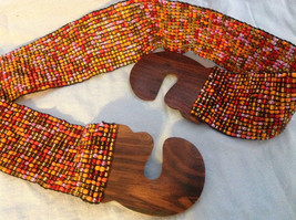 Beaded elastic multicolored belt with wood closure that slips together to close image 3