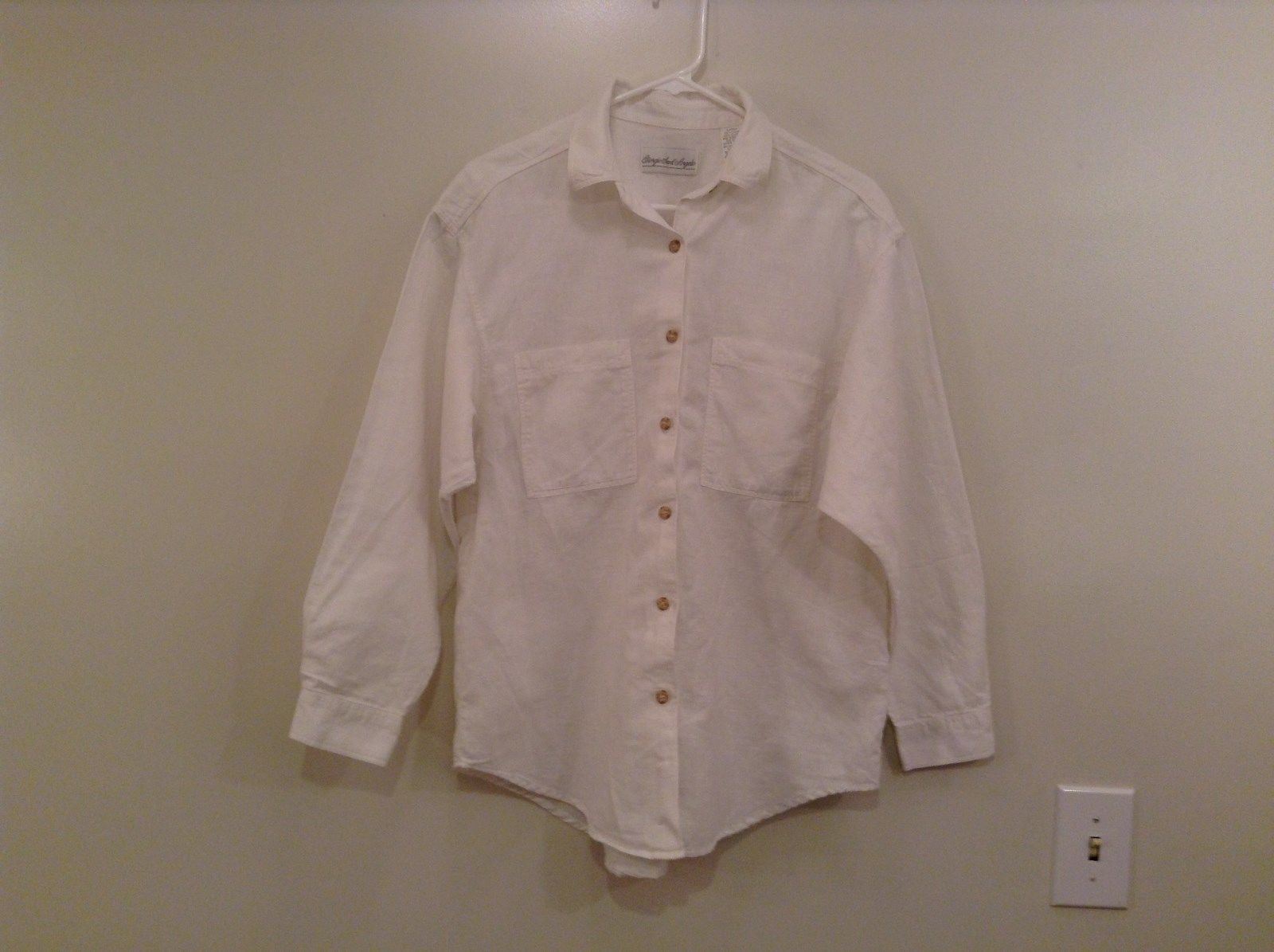 White Button Up Long Sleeve Shirt Giorgio Sant Angelo Size Large 2 Chest Pockets