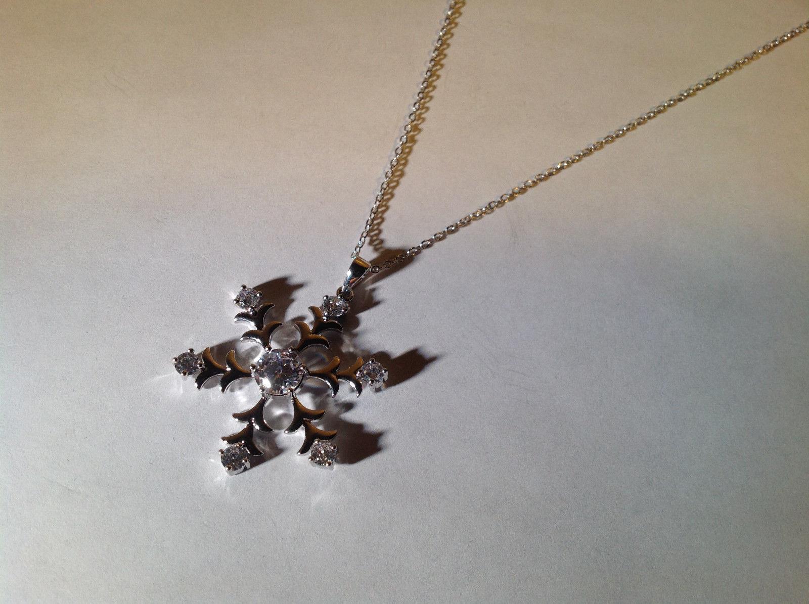 White Gold Rhodium 3.5 CT CZ Snowflake Drop Pendant Lobster Clasp Adjustable