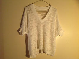 White Knit Crocheted Striped Short Sleeve Shirt V-Neckline NO TAG Size Large