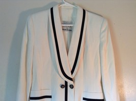 So Crazy by Rina Rossi White Blazer with Black Accent Blazer Shoulder Pads image 2