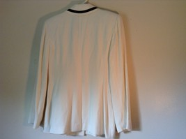 So Crazy by Rina Rossi White Blazer with Black Accent Blazer Shoulder Pads image 6