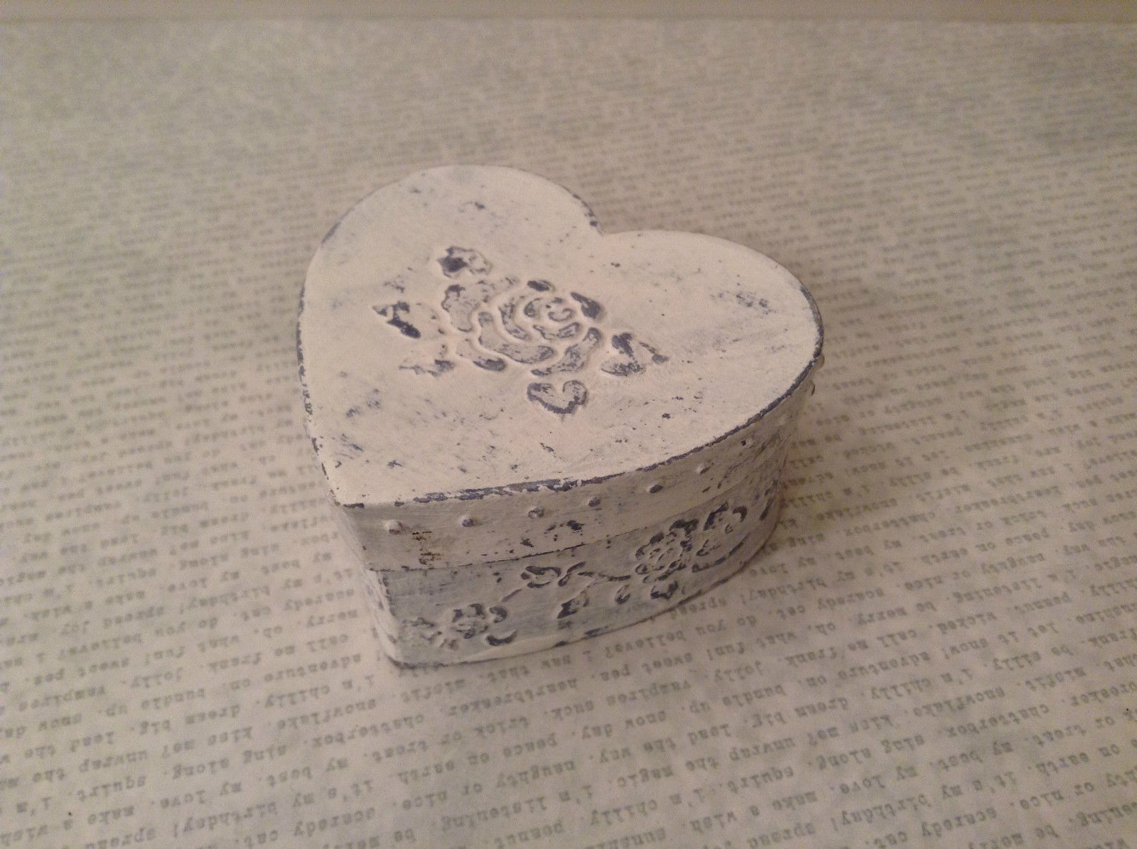 White Light Blue Decorative Heart Shaped Trinket Box with Lid Floral Decorations