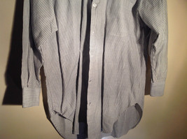 Sofia and Anne White Striped Long Sleeve Button Up Collared Dress Shirt image 4