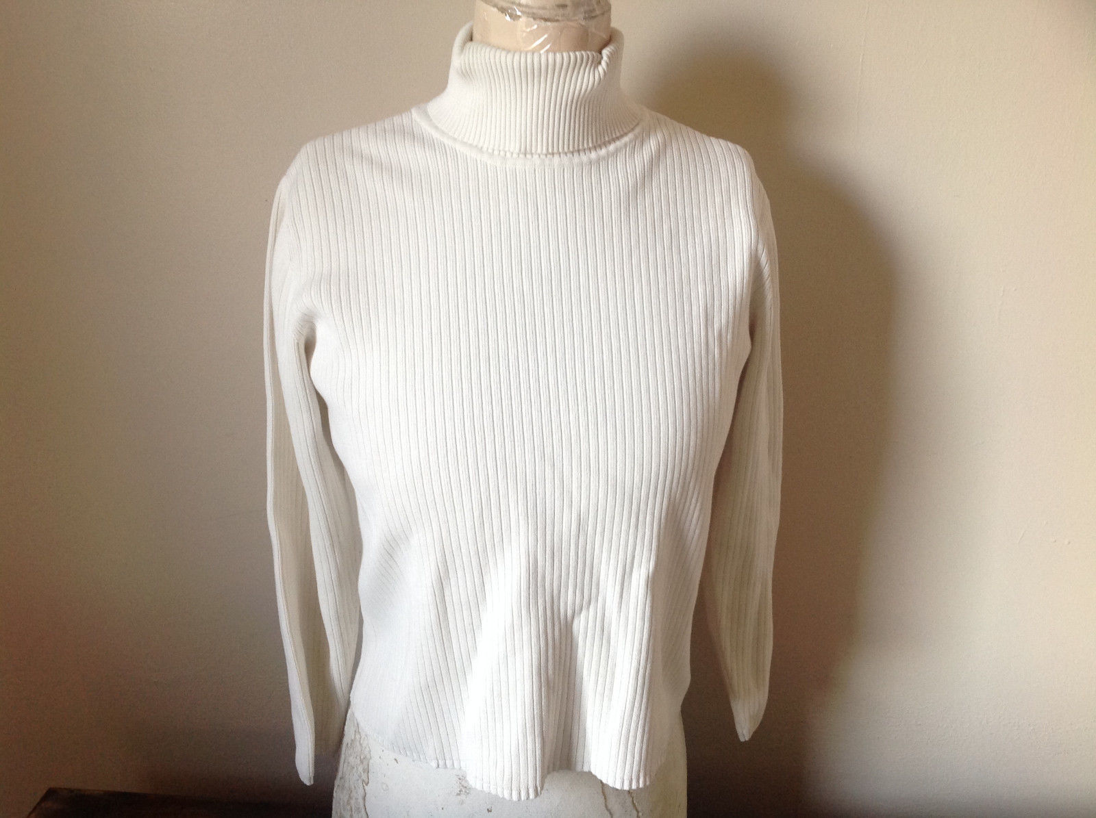 White Long Sleeve Turtleneck Top 100 Percent Cotton Talbots Size Medium