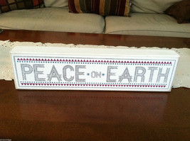"White Wooden Box Sign ""Peace on Earth"" Glitter Christmas Decor"
